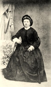 Photo of Henrietta Elise Eggerichs at age 16 (circa 1860)