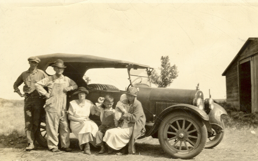 The Fred Walvoord family in Macintosh, South Dakota. Fred died 8 days after this photo was taken.