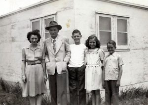 The Phillips Children (l to r) Wanda, Junior, Corky, Peggy and Deanie